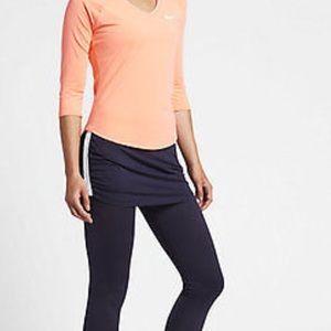Nike skapri. Skirt and leggings combined